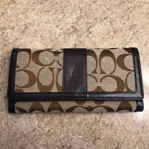 Coach wallet never used!